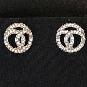 Chanel NWT C/2019 Silver & Crystal CC Earrings